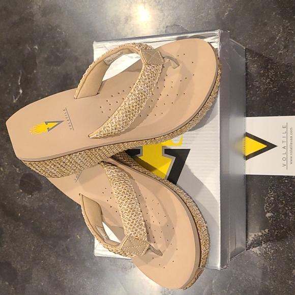 Volatile Island2 Wedge Sandals